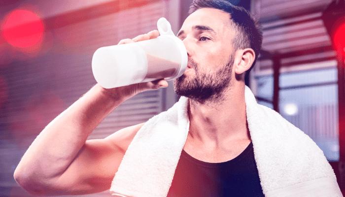 Proteïne shake voordat je naar bed gaat, waarom is dit goed?